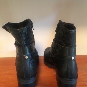 New Moto Boots